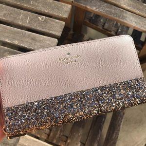 kate spade Bags - Kate spade neda Greta Court cityscape gray wallet